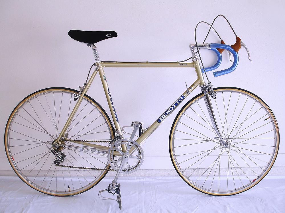 La Benotto Águila de Táchira era el objeto del deseo en los 80. Esta versión ya tiene Campagnolo Súper Récord. También representaba la cúspide del diseño y la estética.
