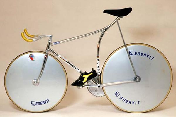 Bicicleta usada por Francesco Moser en su Récord de la Hora de 1984